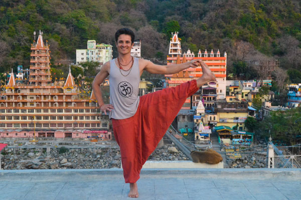 Yoga retreat in Rishikesh time to explore the capital of yoga and take some pics
